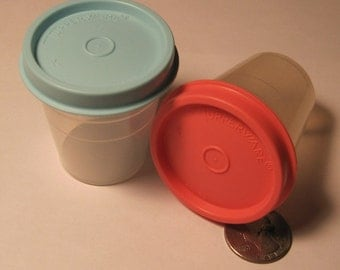 Tiny Tupperwear, Set of 2 containers, 2 Tiny Tupperware, Small Tupperware