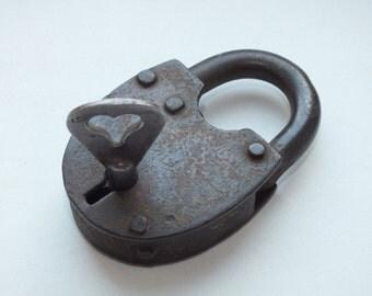 Items Similar To Vintage Yale Junior Lock No 326 Padlock