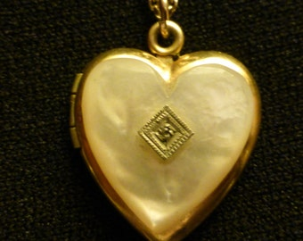 Vintage Heart Shaped Locket with B & W Photos