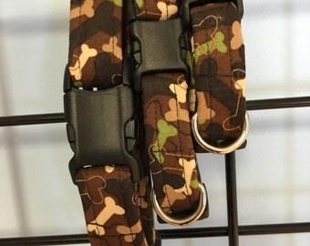 Bones & Paws print dog collar