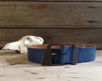 Vintage blue leather belt / womens 70's belt / blue belt