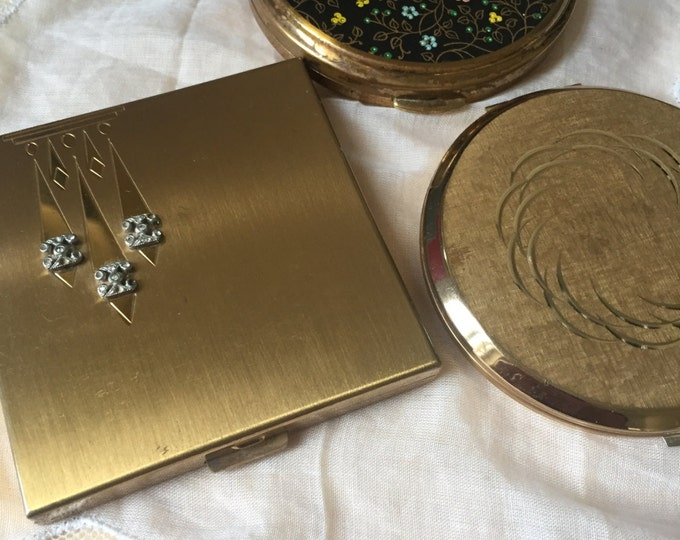 Volupte Art Deco Brass Powder Compact. Stratton Compacts.
