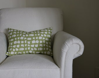 Thibaut Pillow