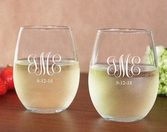 2 pcs Engraved Initials 15 oz Stemless Wine Glass