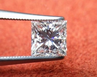 GIA Certified 1.00ct. F color VS1 clarity Princess Cut Natural Diamond