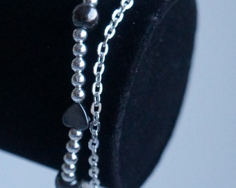 Silver plated chain bracelet with silver plated beads and hematite beads, heart shape, double bracelet