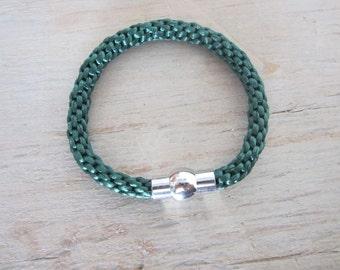 Kumihimo bracelet, kumihimo braided strap, green bracelet, moderne bracelet, valentines day gift