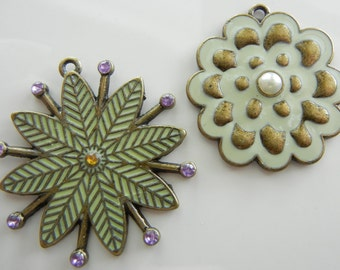 Flower Metal Charm Set (2 pcs)