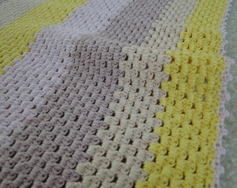 Square crocheted blanket