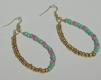 4mm gold, light/mint green, and pink seed bead earrings