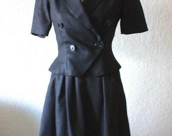 Oscar De La Renta Skirt Suit