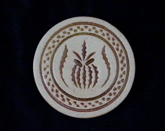 "Pigeon Forge Tile PINEAPPLE 5"" Round Trivet or Large Coaster Hand Made ~ Douglas (D.) Ferguson, Pottery Founder (B31) 6856"