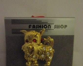 Toto sees red, Ruby Slipper red, Lapel Pin