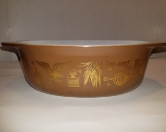 Vintage Pyrex Early American Brown and Gold Casserole Dish
