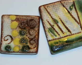 Set of 2 vintage yellow and green peas square handmade ceramic cabochons