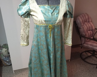 Renaissance Dress Child Size 10/13
