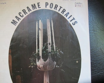Macrame Portraits Class of 78 / Macrame plant hangers instruction booklet / MP 5 /