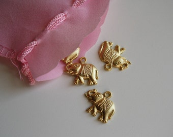 goldplated necklace • ELEPHANT