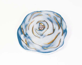 big blue rose brooch
