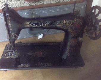 Vintage Singer Sewing Machine ,Treadle type, Collector, Singer