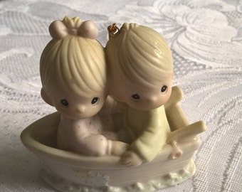 vintage precious moments , friends never drift apart ornament