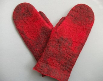 Red felted mittens. Gift for her. Handmade .