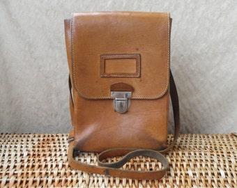 Vintage Tan Beige Brown Cowhide Leather Medium Size Army Bag Satchel
