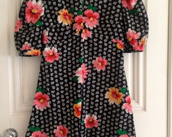 vintage 1960's mini dress floral pattern