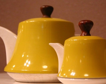 Yellow mid century teapot and creamer