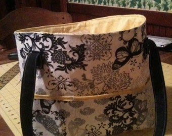 Large sized diaper bag/tote