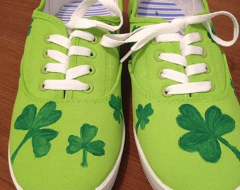 Handpainted Shamrock Shoes-Light