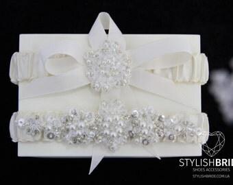 Wedding Garters Set Satin, Crystal Satin Wedding Garter, Wedding Garter, Satin Crystal Wedding Garter Set, Crystal Wedding Garter Set