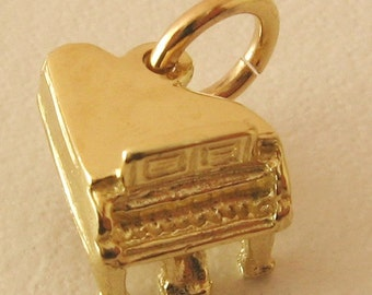 Genuine SOLID 9K 9ct YELLOW GOLD Piano charm/pendant