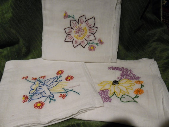 Flour Sack Dish Towels Hand Embroidery lot of 3 flower