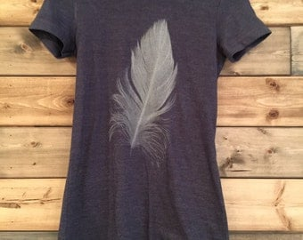 Feather T-Shirt in Navy Blue / Youth Size