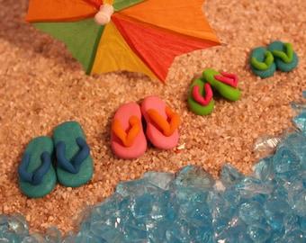 1 Pair Miniature Flip Flops, Fairy Garden Miniatures, Dollhouse, Beach Wear, Miniature Gardens