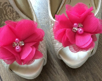 Pink shoe clips, flowers shoe clips, wedding shoe clips, wedding shoes, bridesmaid shoes, bridal shoe clips, chiffon flowers, shoe clip