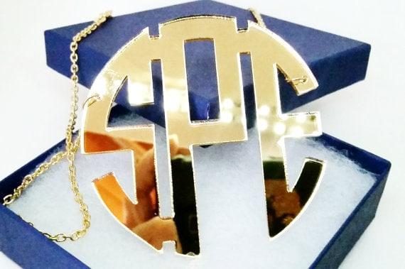 "2.5"" Acrylic Monogram Necklace"