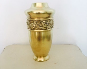 Vintage Brass Vase Flower detail gorgeous