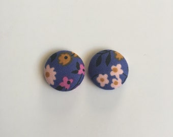 19mm Blue Floral Fabric Studs