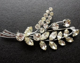 Vintage brooch. A Diamante Spray set in silver coloured metal. JS132 /Christmas Gift/Costume Jewellery/Birthday Gift/Vintage Jewellery