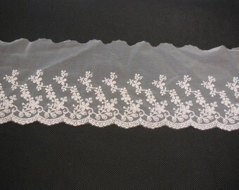 Baby pink floral tulle lace trim / dressing hemming baby pink lace trimming  is for sale. Sold by Per Yard  90cm