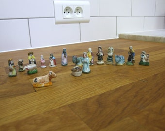 French Vintage Feves // Nativity Scene // Christmas Scene