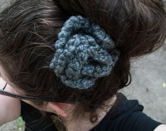 Knit Flower Hair Clip