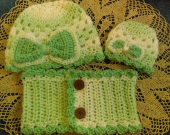 "Three Piece Set, Cowl & Hat for Girl (3/4, 4/6, or 7/10) w/ Matching Hat for her American Girl Doll, Bitty Baby or any 15-18"" Doll (w/Bow)"
