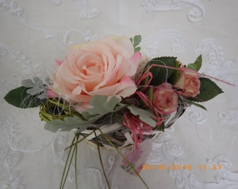 BASKET with roses vintage