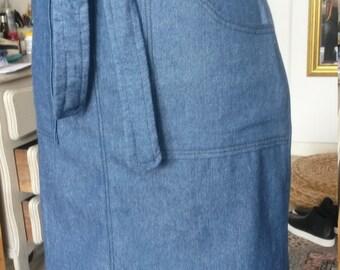 Denim waist skirt