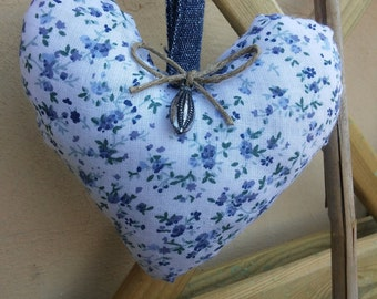 Small heart to hang in fabric