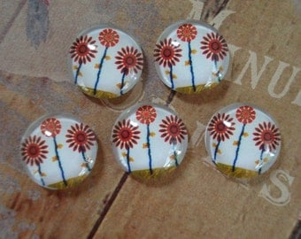 12mm - Vintage Inspired Whimsical Flower Cabochon