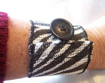 Black and white Zebra bracelet, burlap bracelet, wrist wrap bracelet